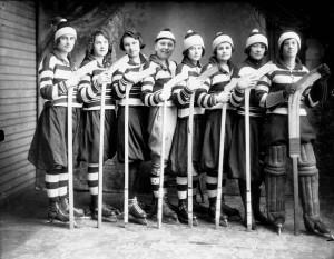 Girls_ice_hockey_team_1921 copy